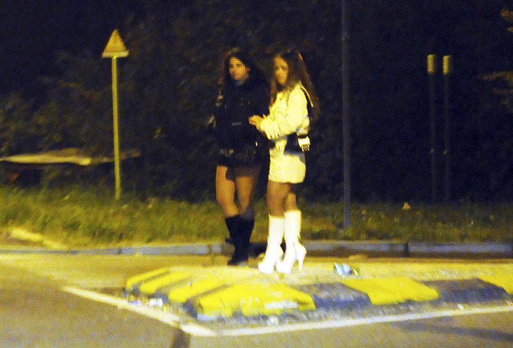 Il mercato del corpo. La prostituzione a Como tra online (in ...