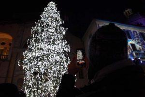 Accensione albero città dei balocchi (13)