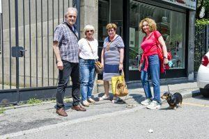 degrado marciapiede e fondo stradale di via Anzani, la protesta dei residenti                   ph: Carlo Pozzoni