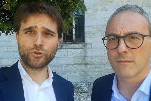 Como la pericolosità a percorrere via Grilloni per mancanza del marciapiede              ph. Carlo Pozzoni