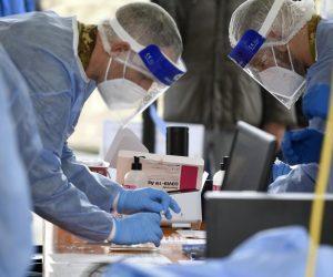 coronavirus-medico-infermiere-tampone-tamponi