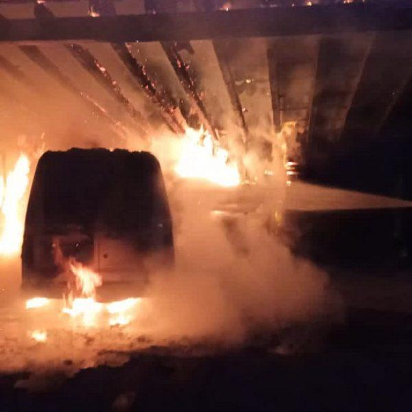 furgone incendio
