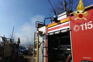 incendio-bregnano-vigili-fuoco (3)