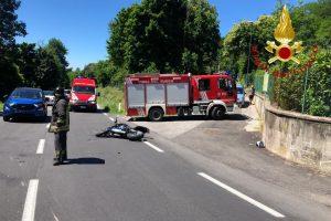 incidente-erba-moto-vigili-del-fuoco
