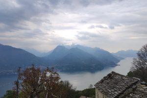 lago-como-san-siro-monti-di-gallio-nuovole-pioggia