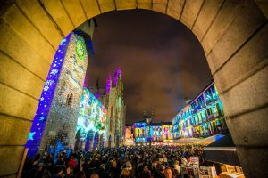Como piazza Duomo cerimonia di accensione delle luci di Natale della Città dei Balocchi