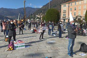 scuola-manifestazione-piazza-cavour (1)