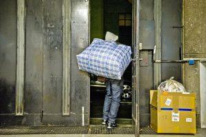 senzatetto-emergenza-freddo-pozzoni