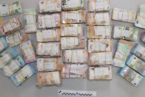 soldi-sequestro-polizia-questura