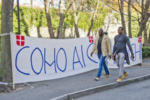 Manifestazione in viale Varese